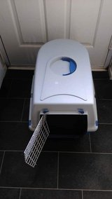 large cat or small dog crate carrier in Lakenheath, UK