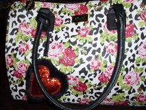Betsey Johnson Purse NWT in Cleveland, Texas