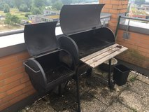 CharBroil Smoker and Grill in Stuttgart, GE