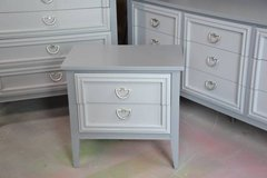 """bedroom set  gray""""s solid wood dovetail drawers GREAT SET in Chicago, Illinois"""