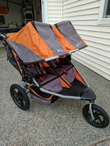 BOB Revolution SE Duallie Stroller in Fort Lewis, Washington
