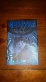Like new! #5 Harry Potter and the Order of the Phoenix Hardcover Book in Bolingbrook, Illinois