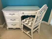 Girl's Desk French Provincial in Bolingbrook, Illinois