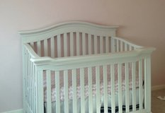 Solid Wood White Crib in Baytown, Texas
