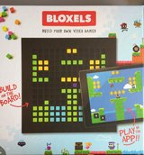 Mattel Bloxels Build Your Own Video Game in Joliet, Illinois