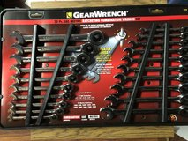 20 Piece Gear Ratcheting Combination Wrench Set in Fort Knox, Kentucky