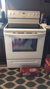Crosley electric flat top stove. in Cherry Point, North Carolina