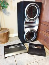 (2) 12 in subwoofers, speaker box, 2 amps in Fort Campbell, Kentucky