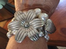 New Pearl Silver, Flower  Butterfly Stretch Bracelet in Lockport, Illinois