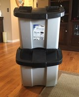 18 Gallon Stacking Bin in St. Charles, Illinois