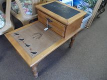 2 TIER END TABLE in Cherry Point, North Carolina