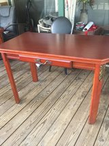 Table in Spring, Texas