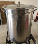 Pot - buyou classic 10 gallon in Fort Meade, Maryland