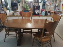 Dining room table 6 chairs in Leesville, Louisiana
