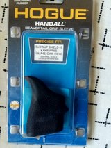 New Hogue Handall Beavertail Grip Sleeve For Smith & Wesson Shield 45 Cal in Fort Riley, Kansas