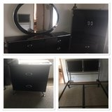 4 piece black bedroom with mirror in Fort Knox, Kentucky