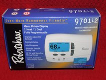 Robertshaw 9701i2 Deluxe Programmable Thermostat 24-Volt AC 1 Heat / 1 Cool NEW in Chicago, Illinois
