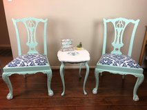 Antique Chairs & Accent Table in Kingwood, Texas