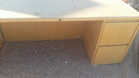 Desk 2 pieces in Yucca Valley, California