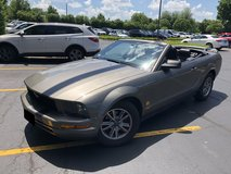 Ford Mustang '05 in Glendale Heights, Illinois
