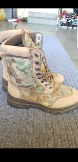 Cabelas Hunting Boots in Fairfield, California