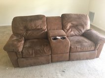 Free couch in Fort Polk, Louisiana