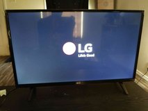 32 lg led tv in Lawton, Oklahoma