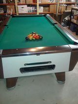 Pool Table coin operated in Naperville, Illinois