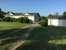 1 Bedroom Duplex with Garage,near Gate 10, NO PETS ALLOWED in Fort Campbell, Kentucky