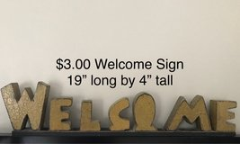 WELCOME sign for shelf in Bolingbrook, Illinois