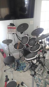 Yamaha electric drums + extras! in Cherry Point, North Carolina