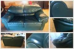 MUST GO!  Forest Green Leather Love Seat in Stuttgart, GE