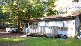 REDUCED!! TO $550 A month!! Small house on private lake for rent in Fort Polk, Louisiana