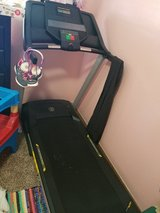 Golds Gym Trainer 420 Treadmill in Lawton, Oklahoma