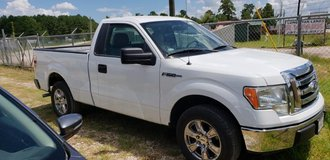 2013 ford f-150  LOW MILES in Cleveland, Texas