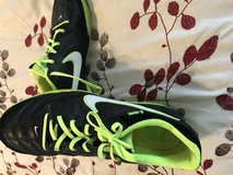 Men's nike shoes 11.5 in Fort Carson, Colorado