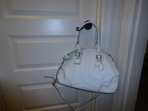 Authentic White Coach handbag in Quantico, Virginia