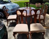Dining table, leaf and 6 chairs in Pasadena, Texas