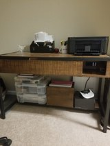 Convertable standing desk in Fort Campbell, Kentucky