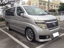 2002 NISSAN ELGRAND HUGE INSIDE VAN, Car flip down monitor roof mounted TV/DVD player in Okinawa, Japan