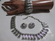 VINTAGE 3 PEICE SARAH COV. SET NECKLACE, EARRINGS BRACELET in Cleveland, Texas