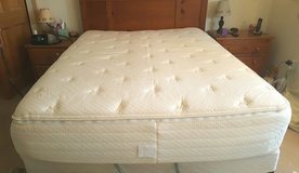 Queen Air bed in Fort Drum, New York