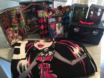 Monster High Bundle in Naperville, Illinois
