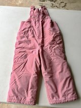 Girls snowsuit  - 2T in St. Charles, Illinois