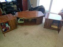 Coffe table and lamp tables in Alamogordo, New Mexico