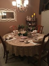 Dining Room Table, w/Leaf, 4 chairs in Lockport, Illinois