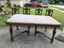 Antique Table and Chairs in Lockport, Illinois
