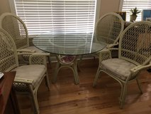 Glass top table and 4 chairs in Byron, Georgia