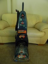 Bissell ProHeat 2X Carpet Cleaner in Schaumburg, Illinois