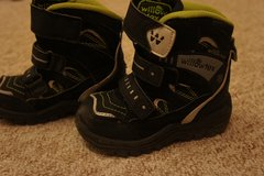 Boys Winter Boots (size 24 or 8) in Ramstein, Germany